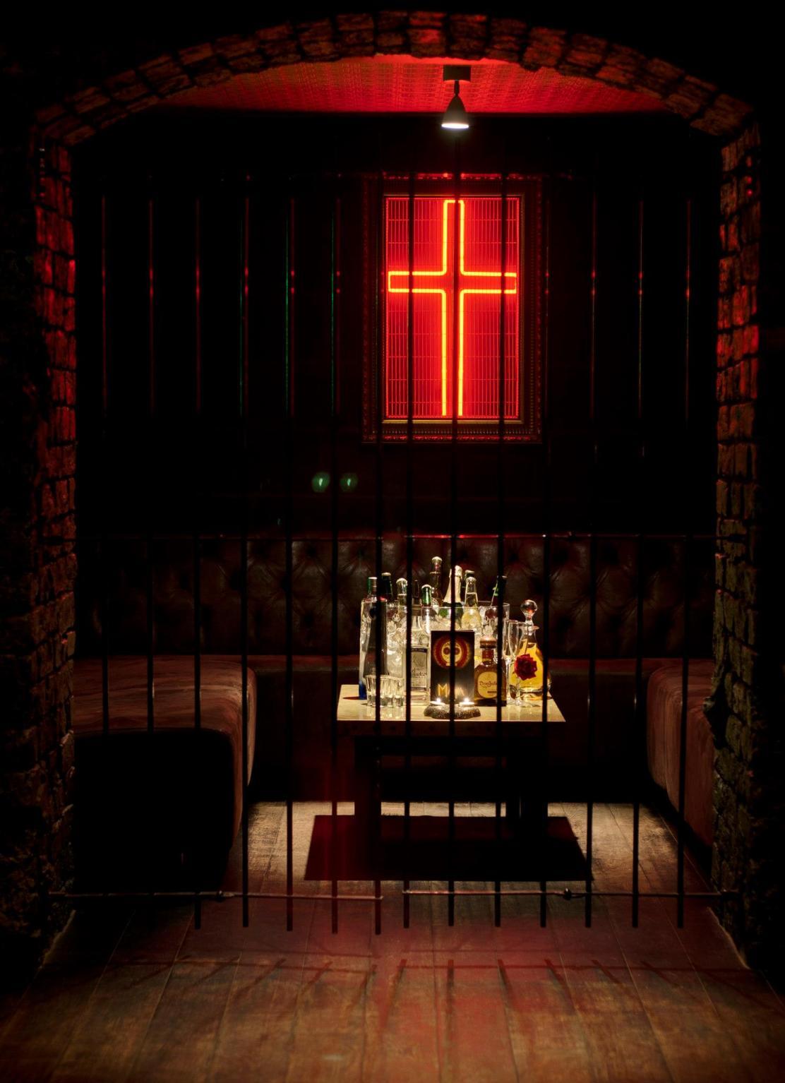 maya liverpool cocktail bar
