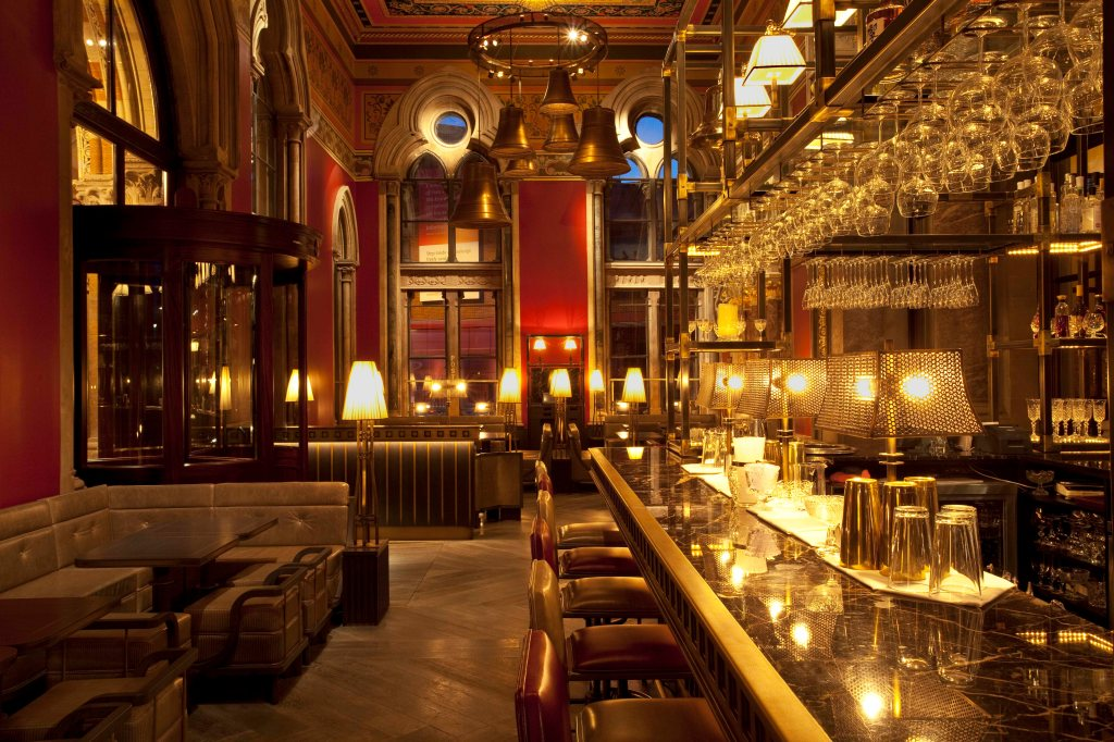 gilbert scott bar st pancras renaissance hotel london