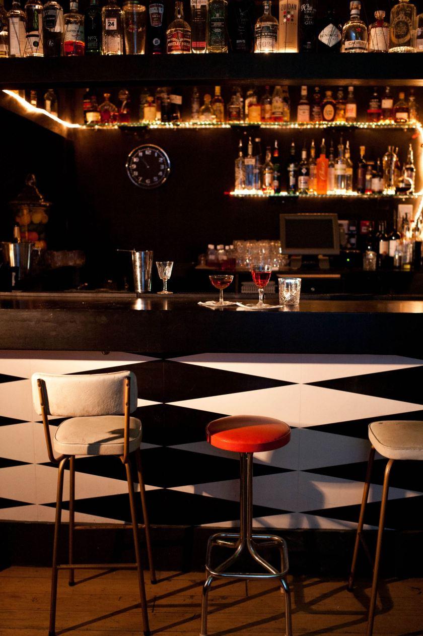 drink shop dance kings cross