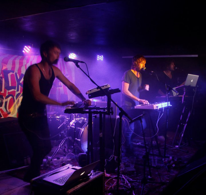 Stike Mike's Frog Bar Brighton gig