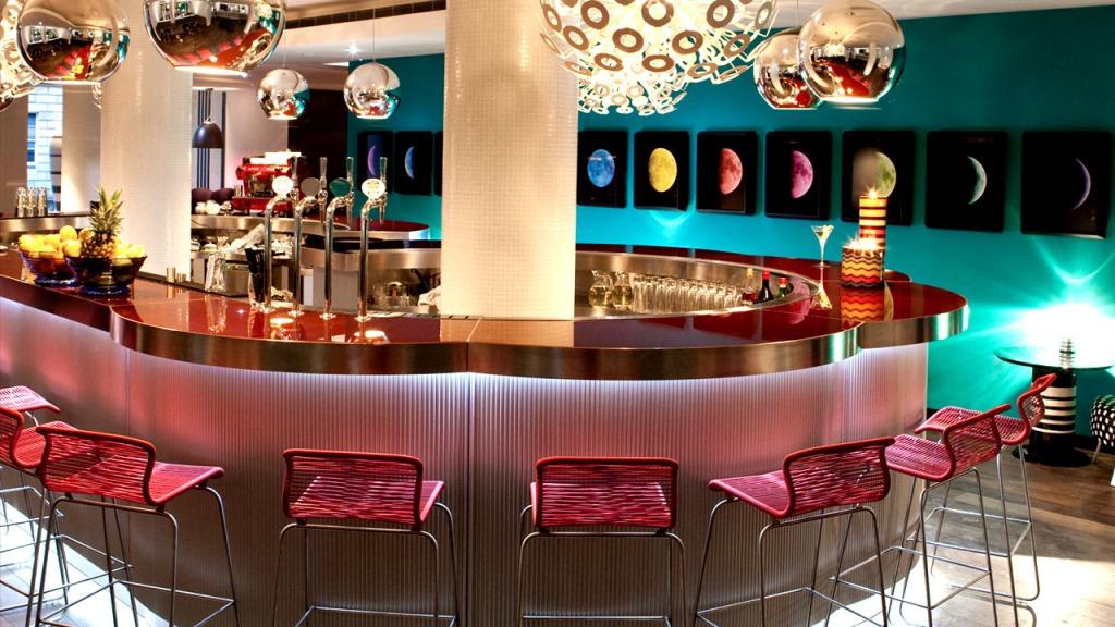 G&V Royal Mile Hotel Bar Edinburgh